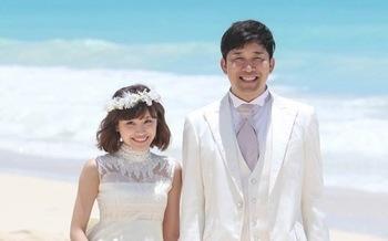 高橋愛&あべこうじ ハワイで結婚式.jpg